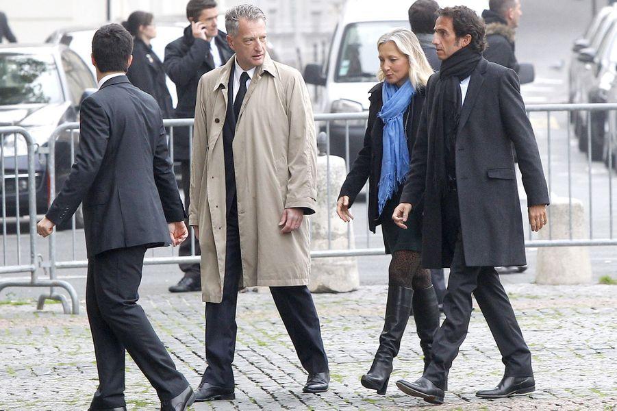 Hervé Gaymard et Alexandre Bompard à l'hommage à Christophe de Margerie qui a été rendu au sein de l'église Saint-Sulpice à Paris