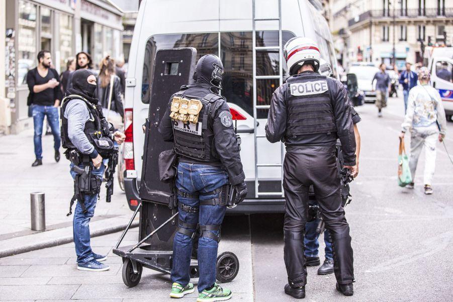 Fausse alerte terroriste : Que s'est-il passé dans le quartier des Halles ?