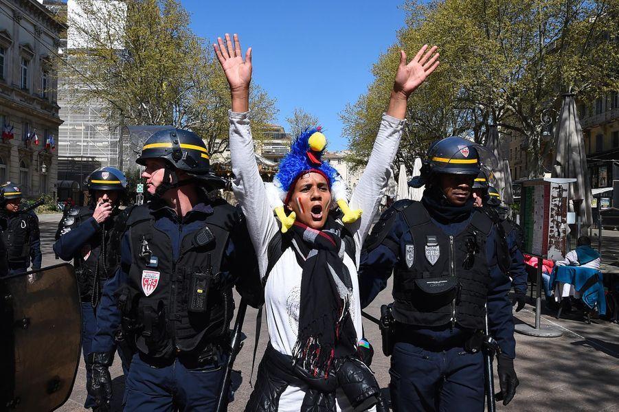"""Manifestation des """"gilets jaunes"""" à Avignon, le 30 mars 2019."""