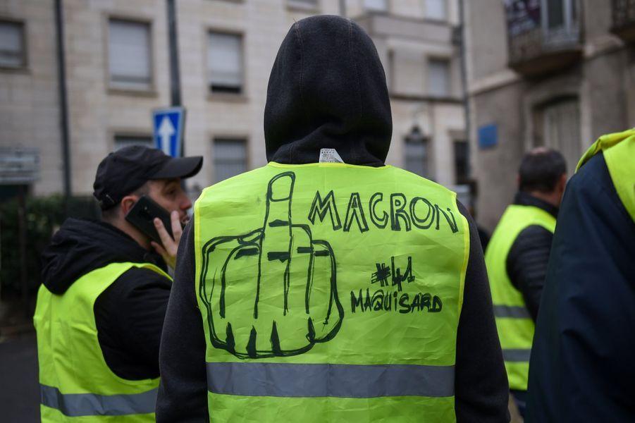Manifestation Des Gilets Jaunes À Bourges ( 6