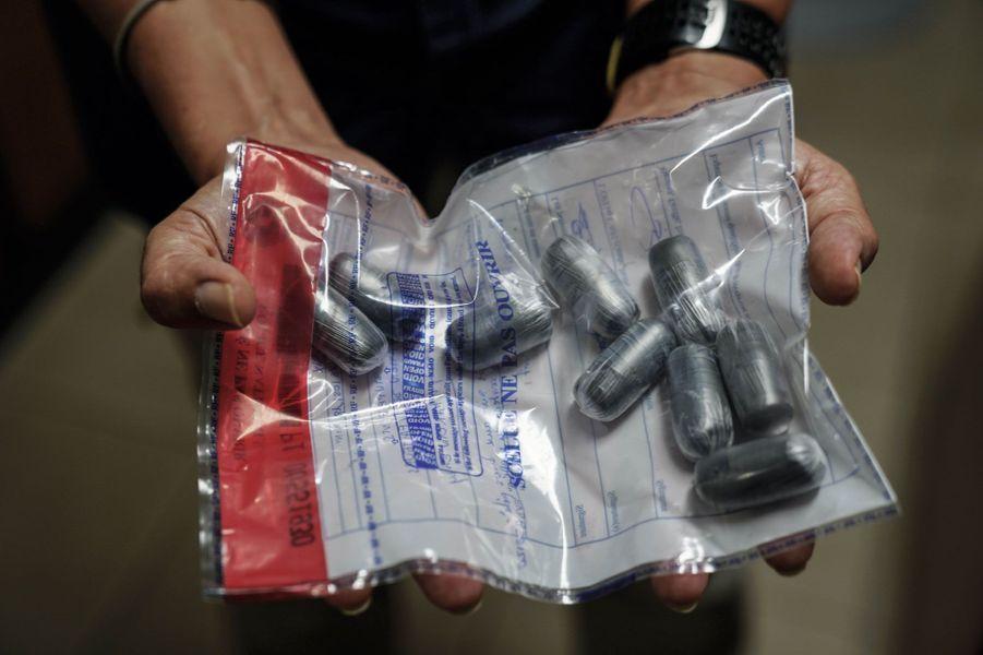 Des ovules de cocaïne qui avaient été ingérés par une mule.