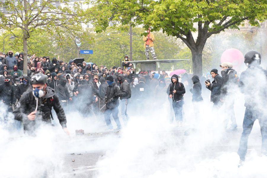 Echauffourées place de la Nation, à Paris