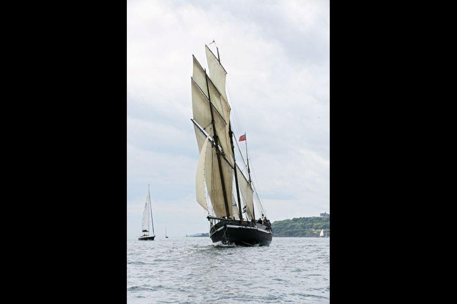 Le « Grayhound », 32 mètres, entame une traversée transmanche de trois jours. Sa mise à flot date de 2012.