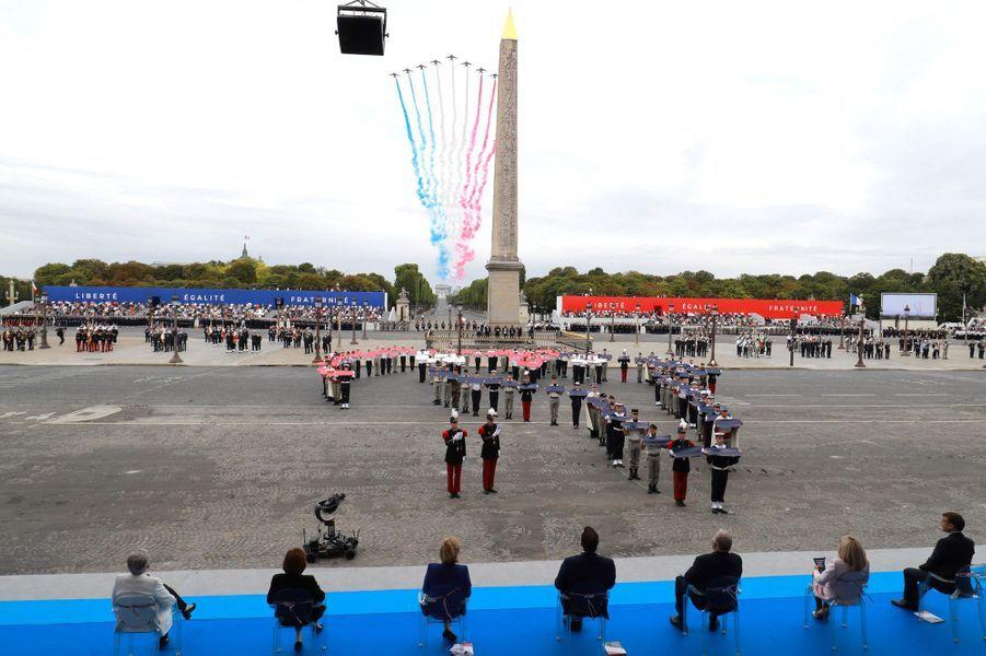 Passage de la Patrouille de France pour le 14-Juillet à Paris.