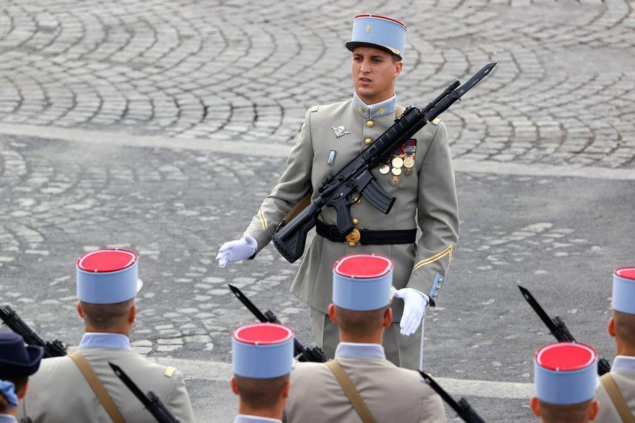 LesCadets de l'École nationale supérieure des sous-officiers actifs de Saint-Maixant lors du défilé du 14-Juillet.