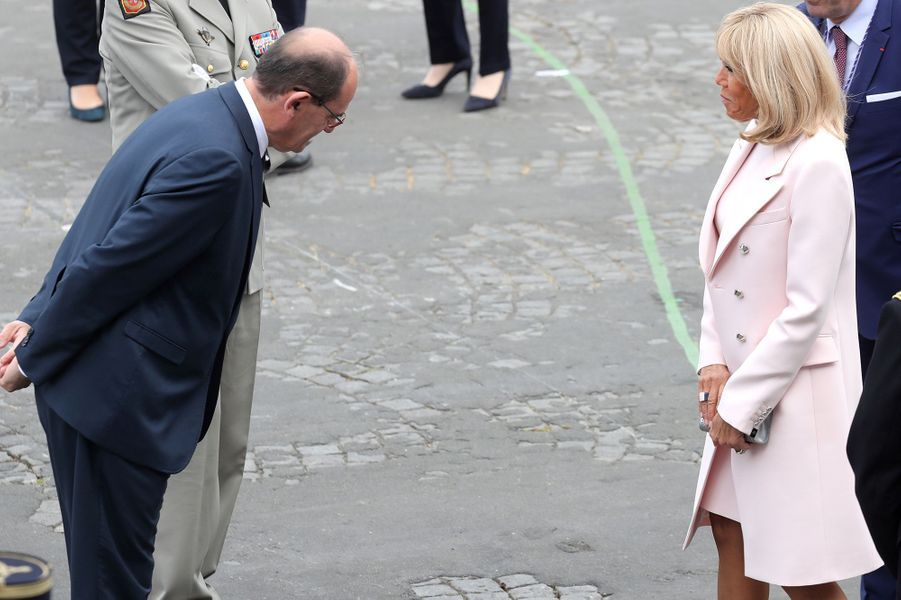 Jean Castex et Brigitte Macron lors du défilé du 14-Juillet.
