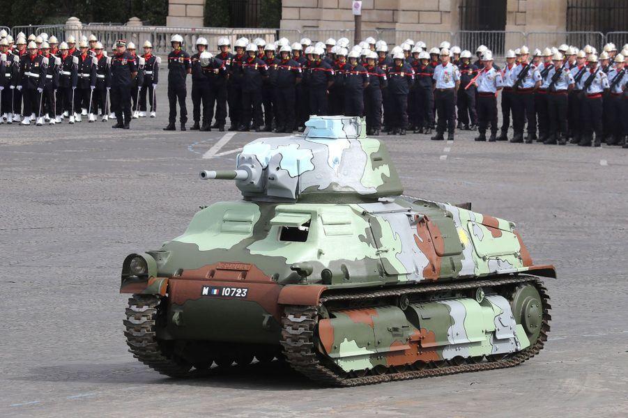 Un tank Somua S35