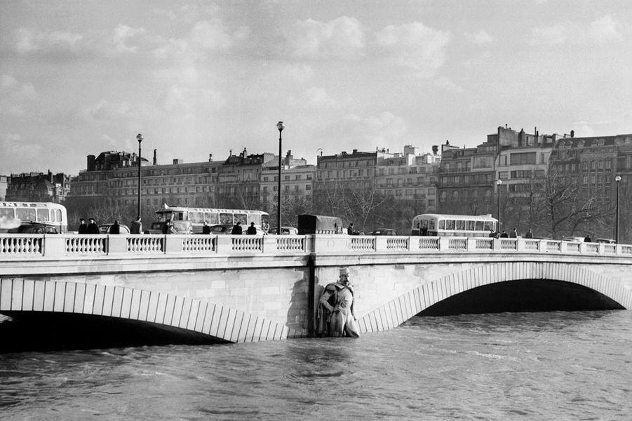 """Le """"voltigeur"""", aux côtés du """"Zouave"""" en 1955"""
