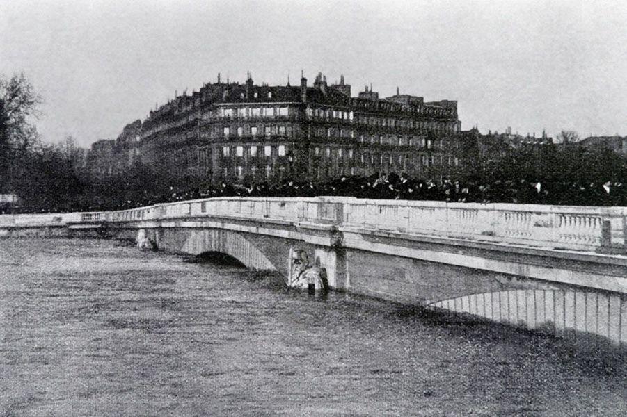 """Le """"Zouave"""" en 1910"""