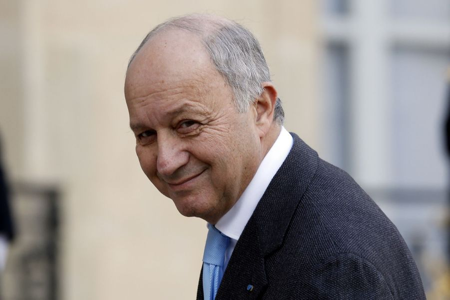Le président du Conseil constitutionnel et ancien Premier ministre Laurent Fabius (grand officier).