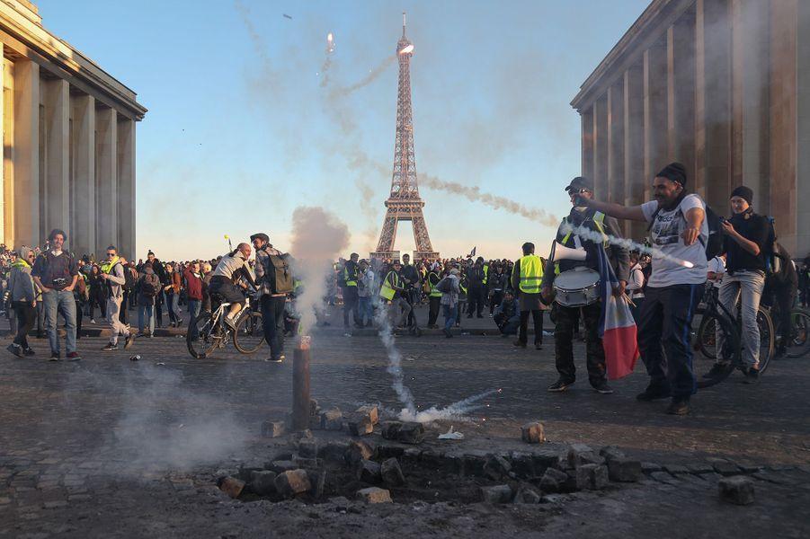 """""""Gilets Jaunes"""" : """"Acte 15"""" à Paris"""