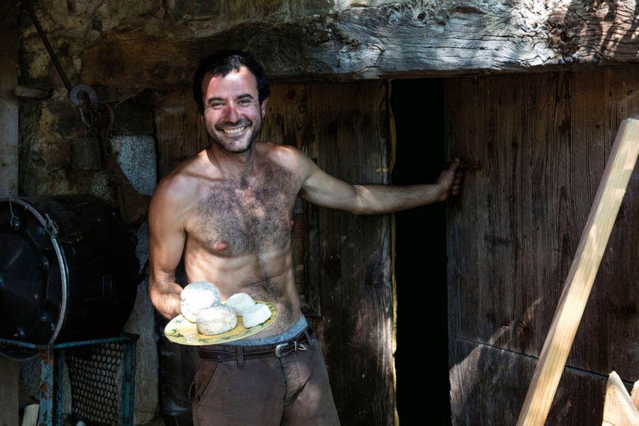 Ferme de Flaceleyre, à Vorey-sur-Arzon : « Toute mon utopie dans un fromage », dit Marco.