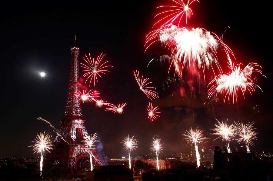 Le feu d'artifice organisé le 14 juillet 2019 à Paris.