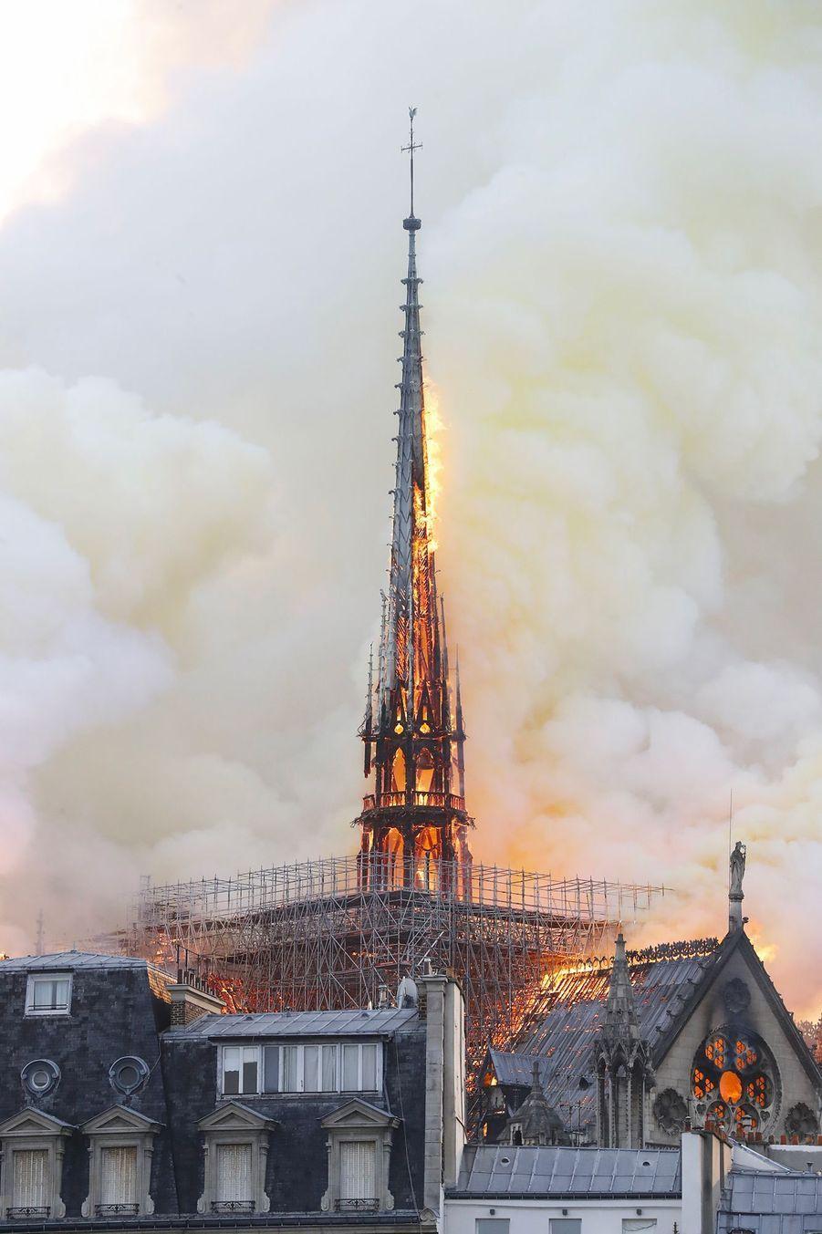 La cathédrale Notre-Dame de Paris en flammes, le 15 avril 2019.