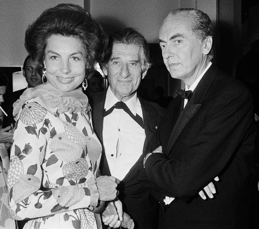 Liliane, André Bettencourt et Paul-Louis Weiller.