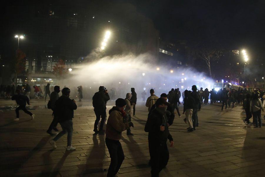 Lors de la manifestation à Paris ce samedi, des affrontements entre des groupes de les forces de l'ordre ont eu lieu.