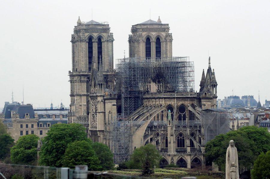 Les ravages de l'incendie à Notre-Dame de Paris.