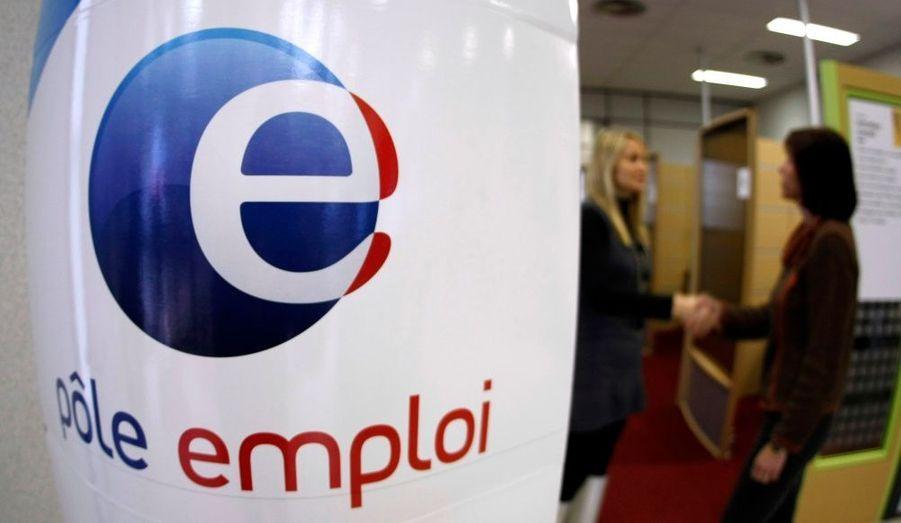 L'Insee a publié comme chaque année son rapport annuel sur l'état de la France. L'institut dresse ainsi le portrait social de la Nation. Et crise oblige, il n'est pas très reluisant malgré quelques motifs d'espoirs.