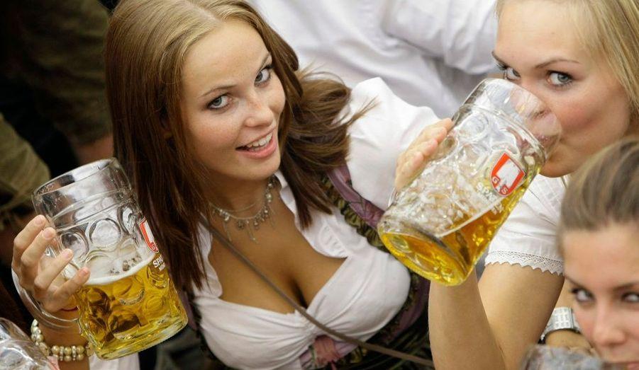 Une étude commandée par le Ministère de la jeunesse et des sports tente d'expliquer les rapports des jeunes avec l'alcool.