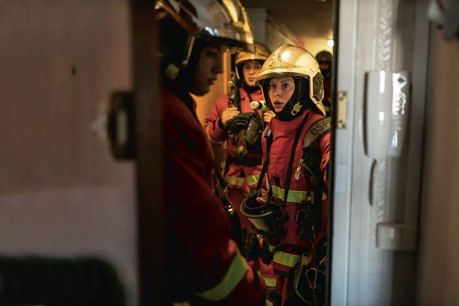 Le 17 avril, dans un immeuble du XIXe arrondissement de Paris où s'est déclarée une fuite de gaz. La jeune femme sort tout juste de formation, c'est son premier jour.