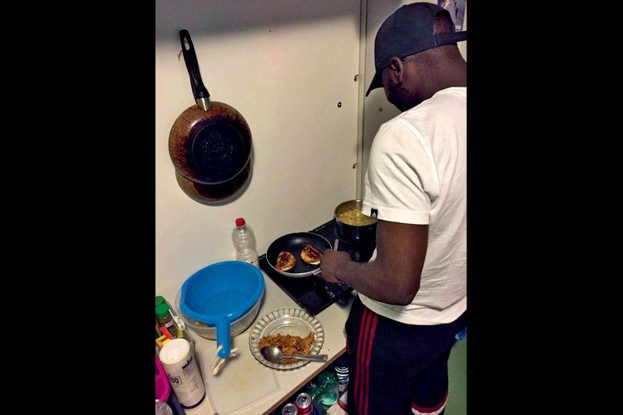 Les détenus peuvent désormais cuisiner sur des plaques à induction.