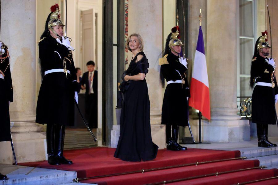 Valérie Pécresse, présidente du conseil régional d'Ile-de-France devient chevalier.
