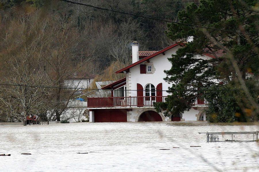 Les inondations àGuiche, dans lesPyrénées-Atlantiques