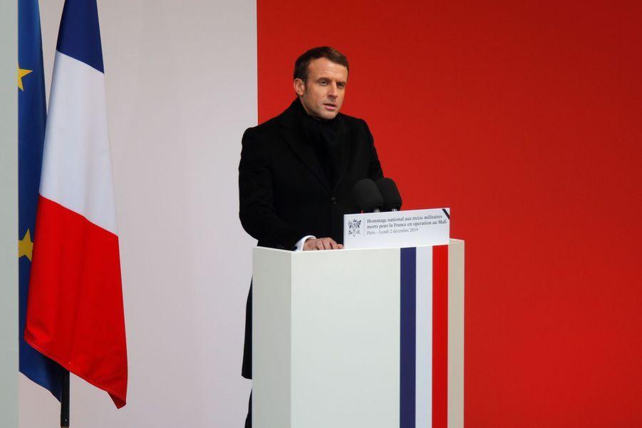 Discours d'Emmanuel Macron lors de l'hommage aux Invalides aux 13 soldats tués au Mali.