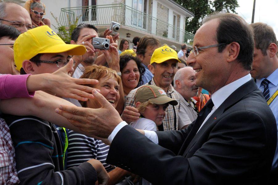 François Hollande sur le Tour de France le 20 juillet 2012.