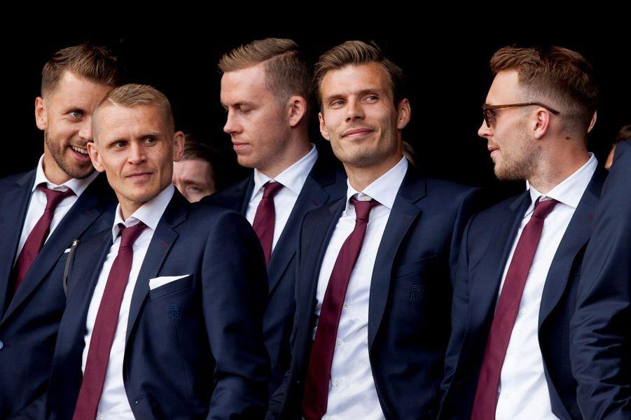Kari Arnason, Ari Skulason, Ogmundur Kristinsson et Theodor Elmar Bjarnason