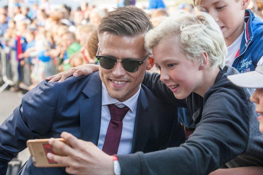 Séance selfie pour Arnor Ingvi Traustason