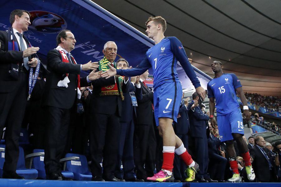 Antoine Griezmann a été désigné meilleur joueur de l'Euro 2016 (ici après le match face au Portugal, le 10 juillet 2016).