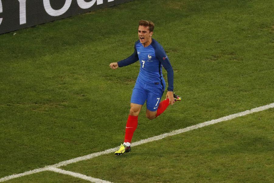 Antoine Griezmann a été désigné meilleur joueur de l'Euro 2016 (ici face à l'Albanie, le 15 juin 2016).