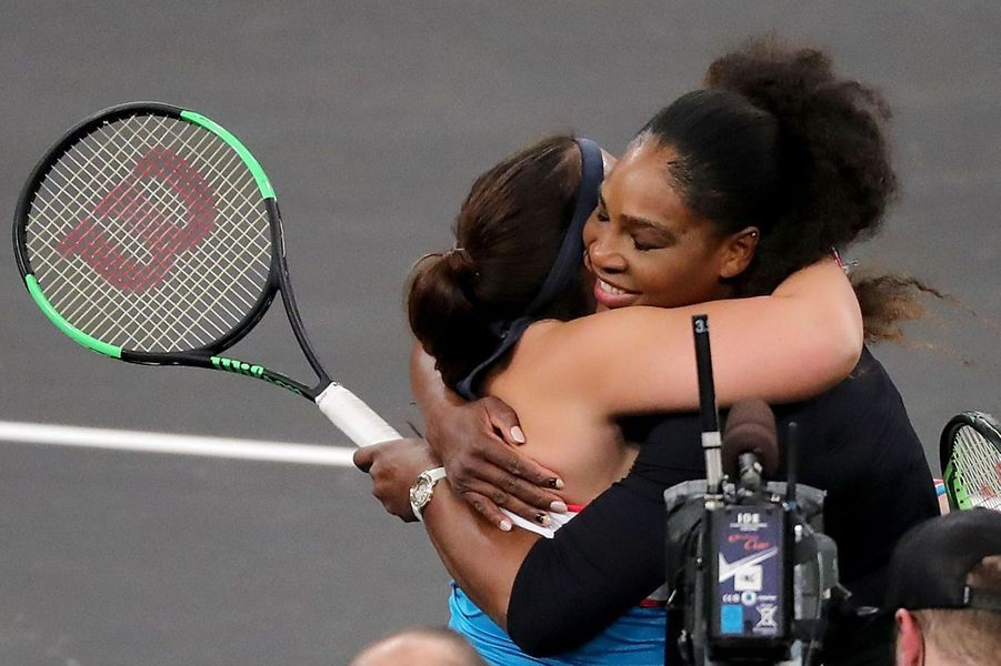 Marion Bartoli et Serena Williams à New York lundi.