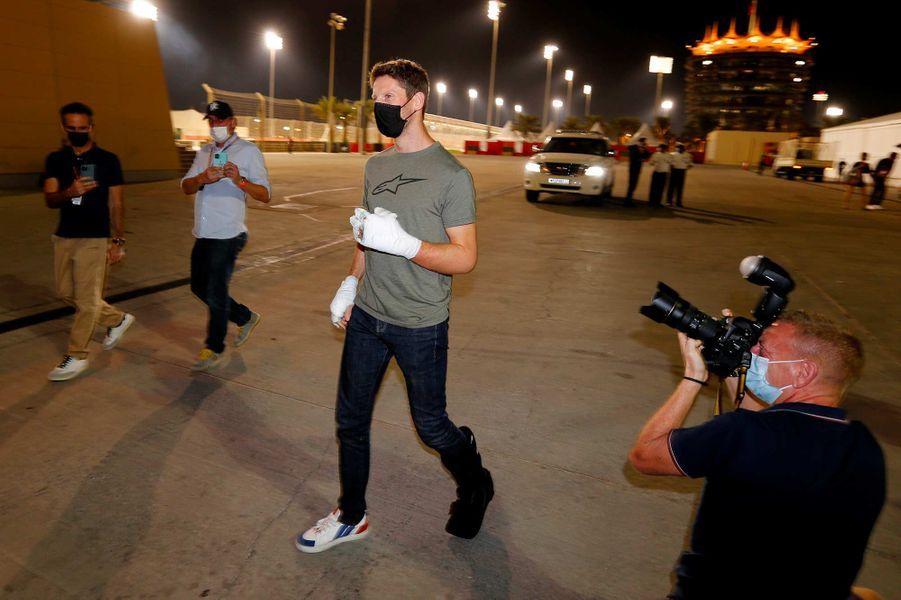 Romain Grosjean de retour sur le circuit de Sakhir, au Bahreïn, le 3 décembre 2020.