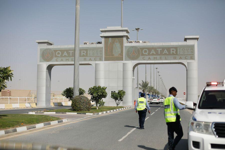 Au Qatar, les joueurs du PSG sesont affrontés dans des courses de dromadaires.
