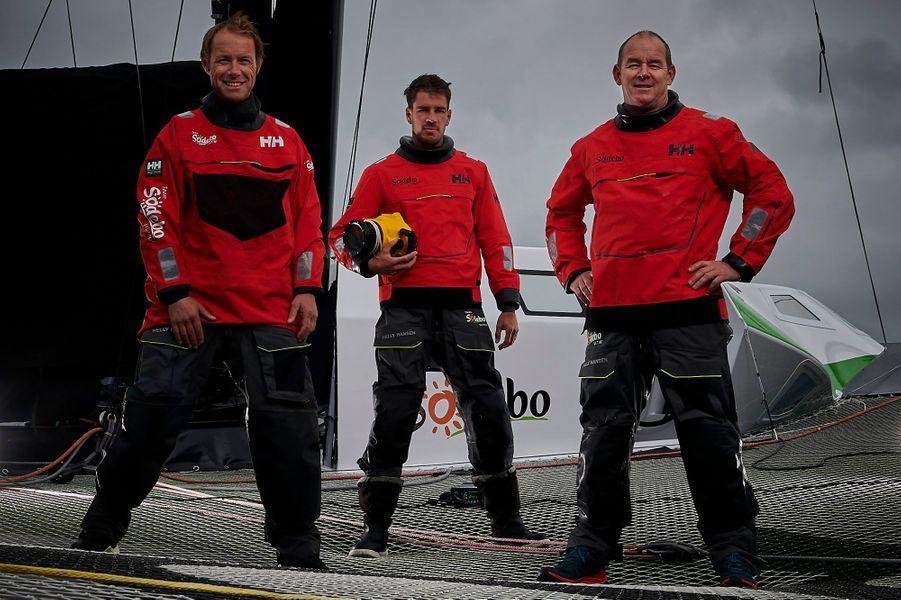 Team Sodebo Ultim 3: Skipper: Thomas CovilleCo-skipper: Jean-Luc NéliasMediaman: Martin Keruzoré