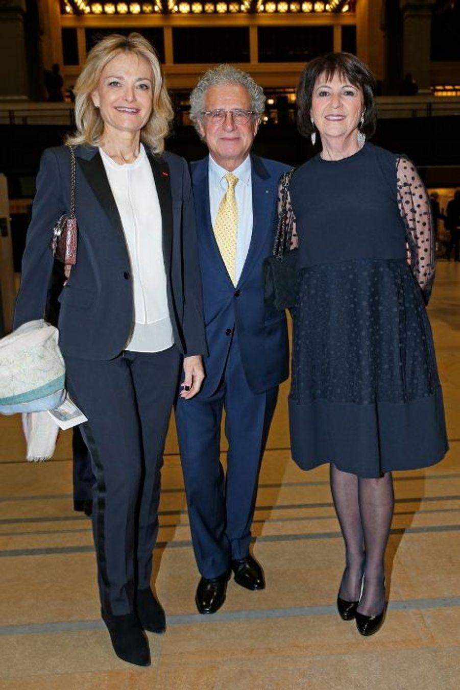 Florence de Botton, Laurent et Martine Dassault.