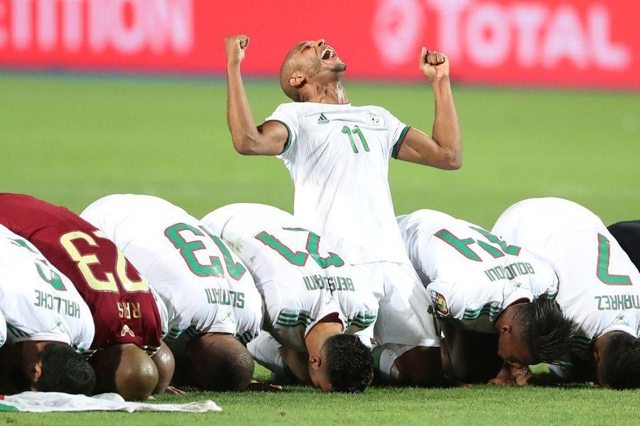 L'Algérie a remporté la deuxième Coupe d'Afrique des Nations de son histoire en dominant le Sénégal (1-0), vendredi soir au Caire.
