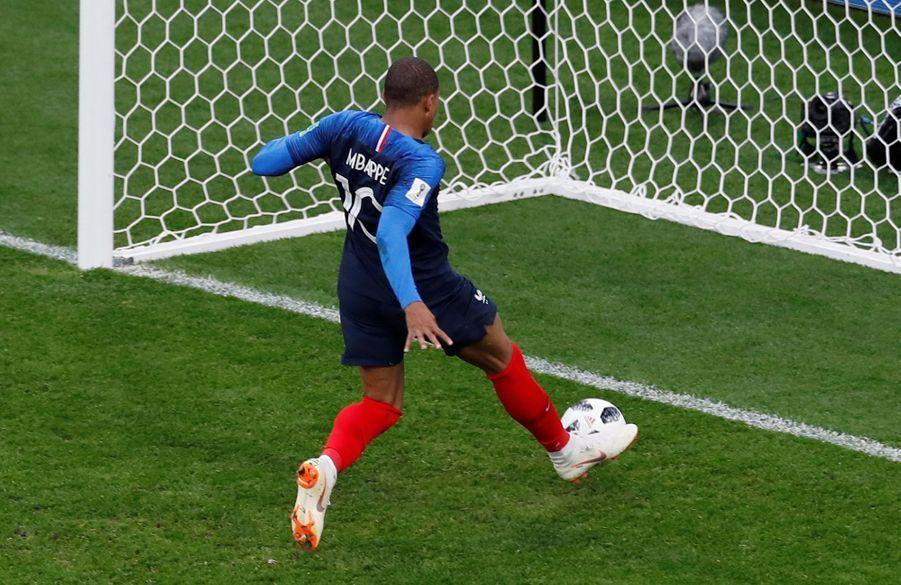 Coupe Du Monde 2018: France Pérou En Photos 26