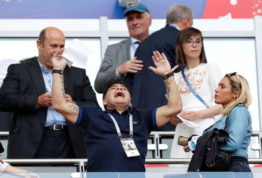 Les Larmes De Maradona, Après La Victoire De La France Contre L'Argentine En 8e De Finale De La Coupe Du Monde 2018 ( 1