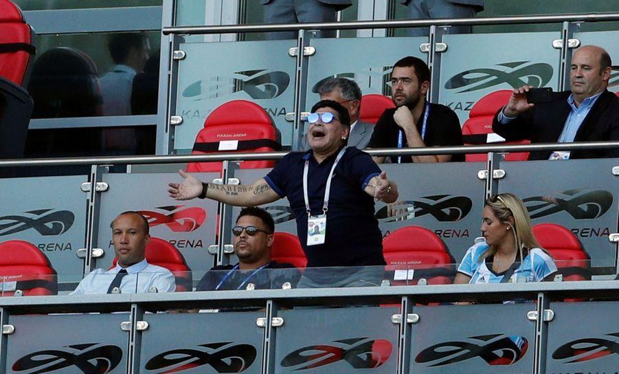 Les Larmes De Maradona, Après La Victoire De La France Contre L'Argentine En 8e De Finale De La Coupe Du Monde 2018 ( 10
