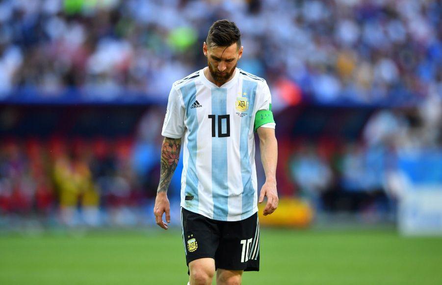Les Larmes De Messi, Après La Victoire De La France Contre L'Argentine En 8e De Finale De La Coupe Du Monde 2018 ( 13
