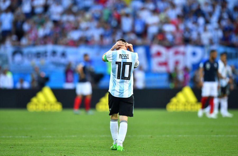 Les Larmes De Messi, Après La Victoire De La France Contre L'Argentine En 8e De Finale De La Coupe Du Monde 2018 ( 4