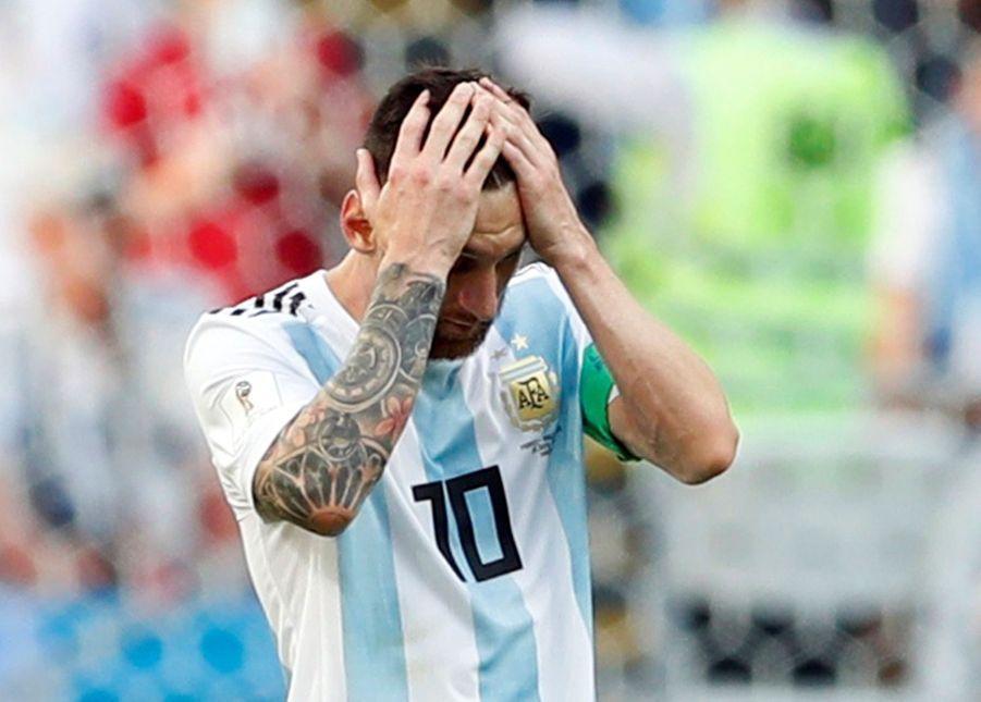 Les Larmes De Messi, Après La Victoire De La France Contre L'Argentine En 8e De Finale De La Coupe Du Monde 2018 ( 5