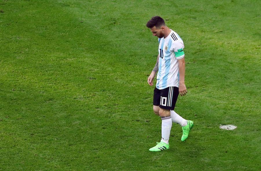 Les Larmes De Messi, Après La Victoire De La France Contre L'Argentine En 8e De Finale De La Coupe Du Monde 2018 ( 7
