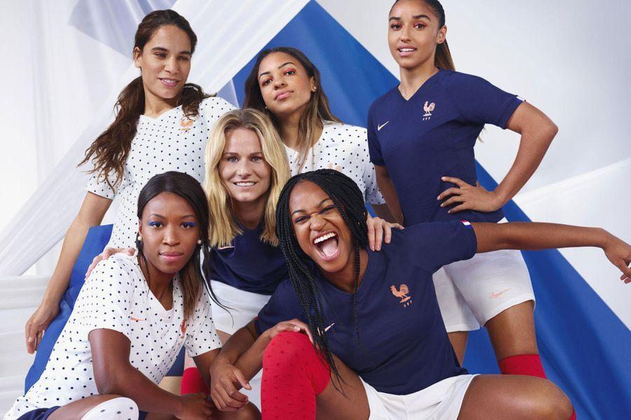 Amandine Henry, Marie-Antoinette Katoto, Sakina Karchaoui, Grace Geyoro, Amel Majri et Delphine Cascarino.