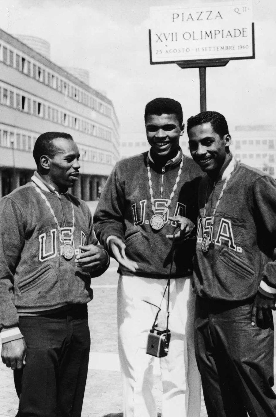 Eddie Crook, Cassius Clay et Skeeter McClure, les trois médaillée d'or américains, le 9 Septembre 1960
