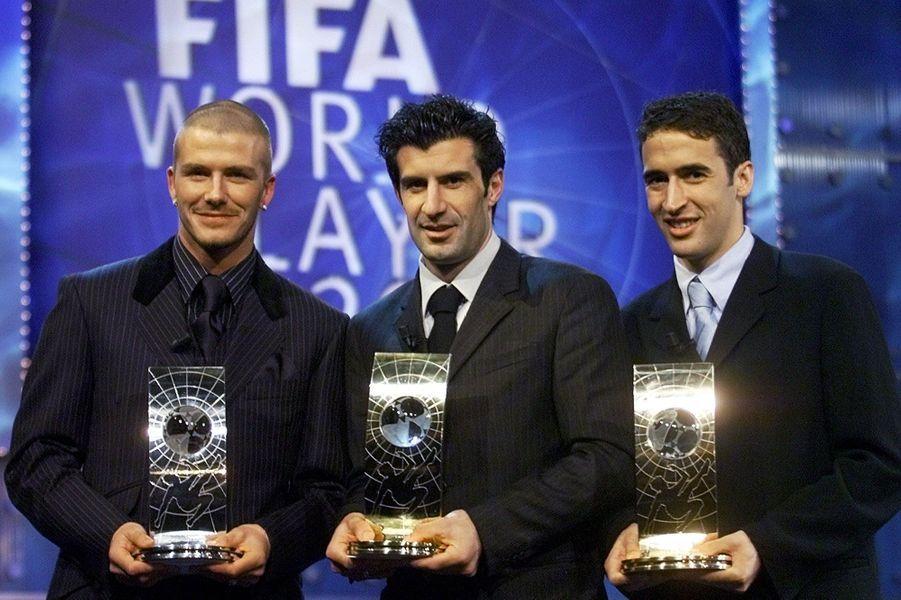 En 1999 et 2001, il est classé second meilleur joueur de l'année par la FIFA.