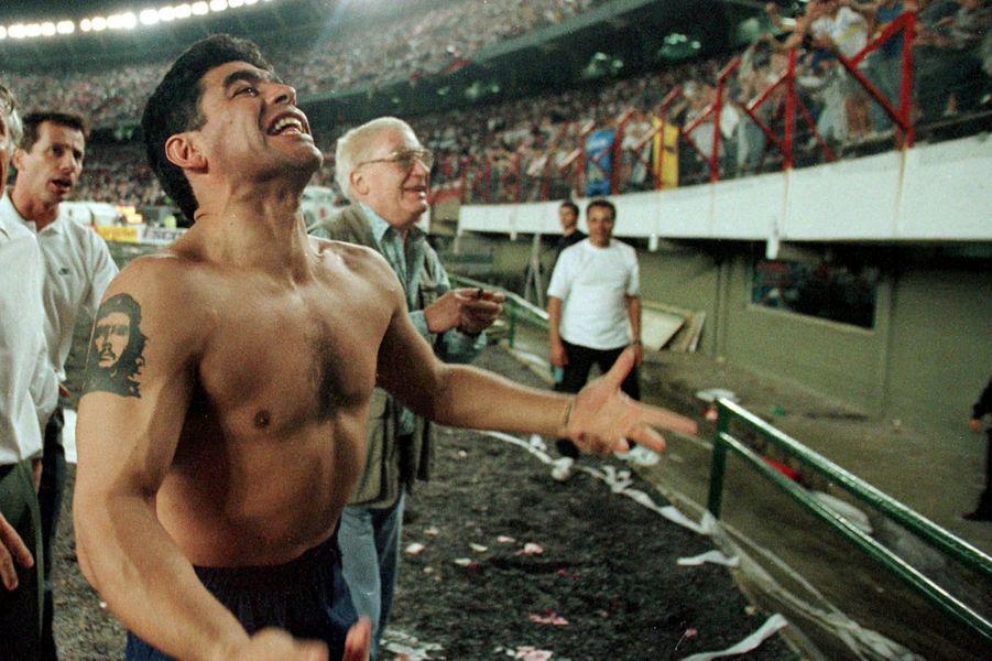 Diego Maradona alors avec le Boca Juniors en 1997.